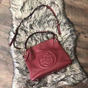 EUC Gucci soho shoulder cross body bag burgundy